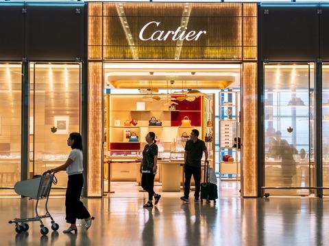 資産管理会社のバーンスタインによると、リシュモンが所有するカルティエは中国市場に最も依存している高級ブランドの1つだ。