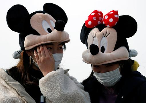 新型コロナウイルスの感染拡大を受けて、東京ディズニーリゾートは2月29日から3月15日までの臨時休園を発表した。