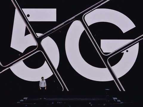 5G対応スマホは高い。
