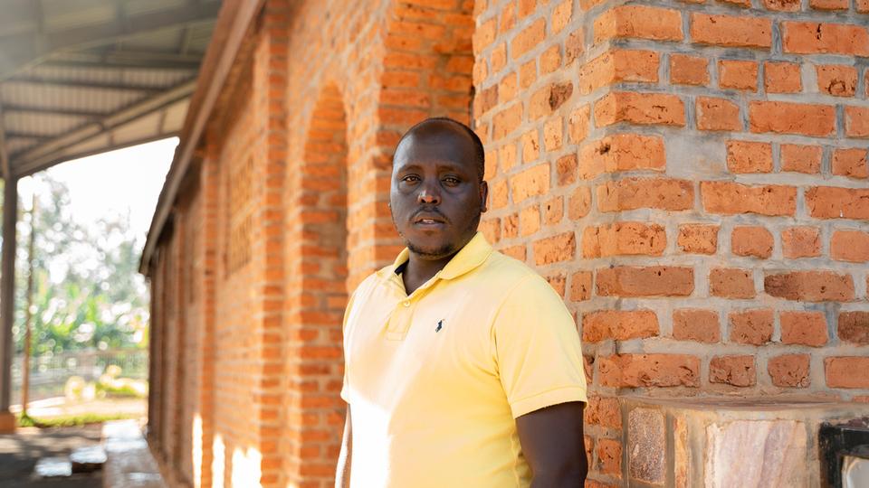 父と妹を失った34歳のぼくが、ルワンダ大虐殺を語り続ける意味