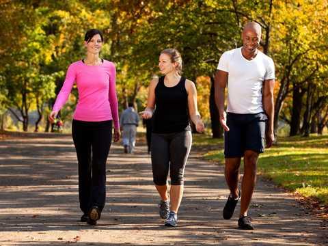 健康状態を大きく改善するためには週にとれだけ歩くべきか