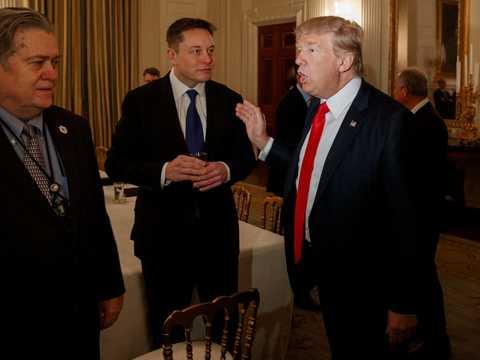 イーロン・マスクとドナルド・トランプ大統領。