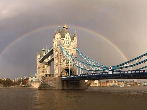 ロンドンのタワーブリッジ(Tower Bridge)。