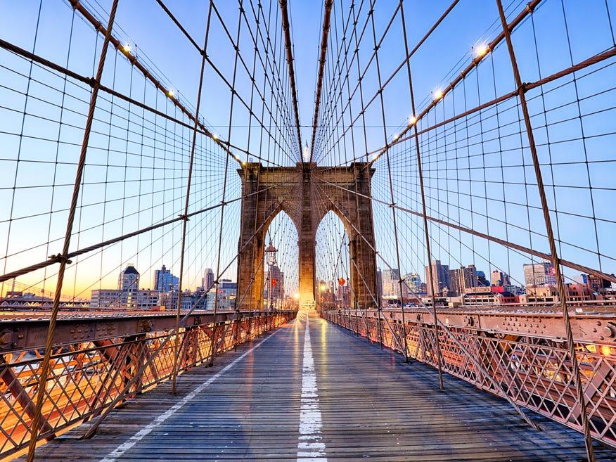 ブルックリン橋(Brooklyn Bridge)。