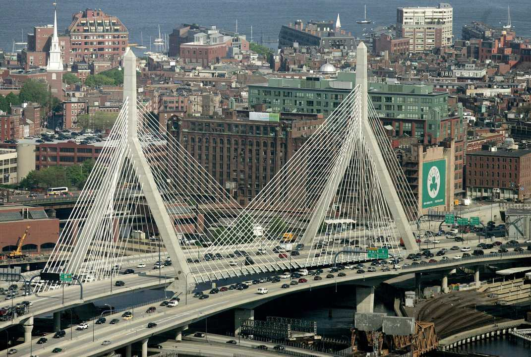 ザキム橋(Zakim Bridge)。