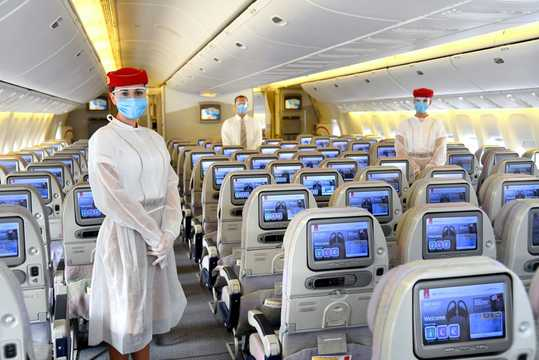 エミレーツ航空は乗客にCOVID-19保険