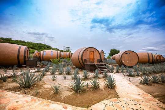 マティセス・オテル・デ・バリカスは、メキシコ名物のテキーラをテーマにした宿泊施設だ。