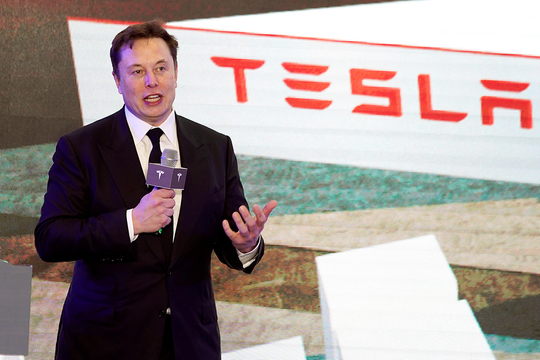 イーロン・マスク テスラ Tesla