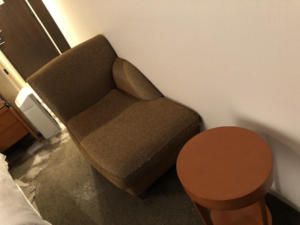 ザ ロイヤルパークホテル アイコニック 東京汐留(ソファ)