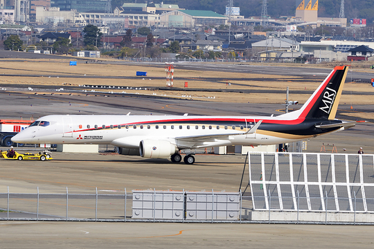 MRJ 三菱重工業 スペースジェット