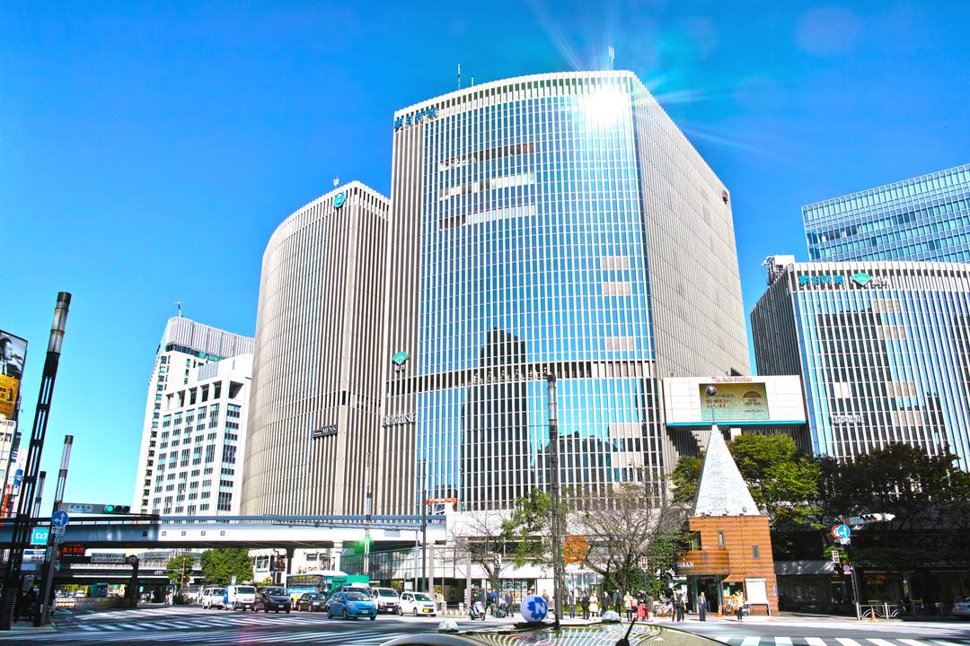 阪急メンズ東京が入居する有楽町マリオン。かつては西武有楽町店もあった。西武撤退後はLUMINEが入居している。