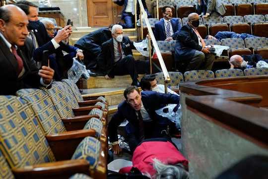 写真で振り返るアメリカの混乱…… トランプ大統領の支持者らが議事堂に ...