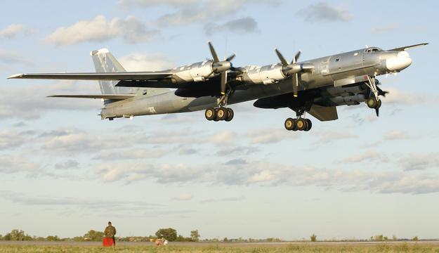 ロシア軍の戦略爆撃機ツポレフTu-95