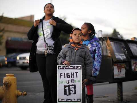 米マクドナルドの最低賃金引き上げ、95%には無関係