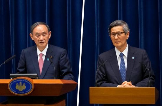 記者会見する菅首相と政府分科会の尾身会長(2021年5月14日)