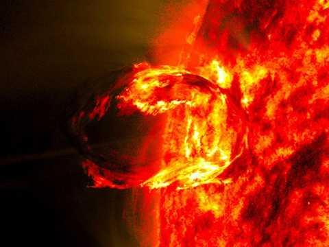 2016年3月13日に捉えられた「不発」だった太陽の爆発現象。