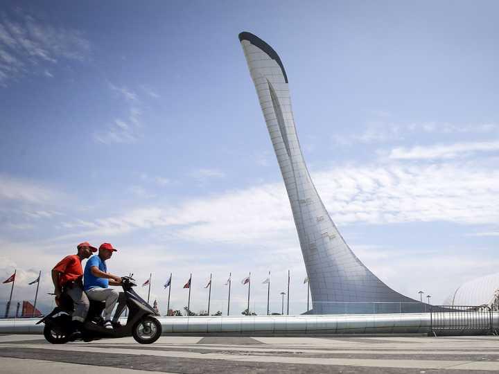 ソチ五輪の巨大な聖火台。