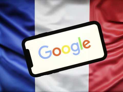 グーグルは新たな交渉を始めるか、1日1億円以上の罰金を払うかを選ばなくていけない。