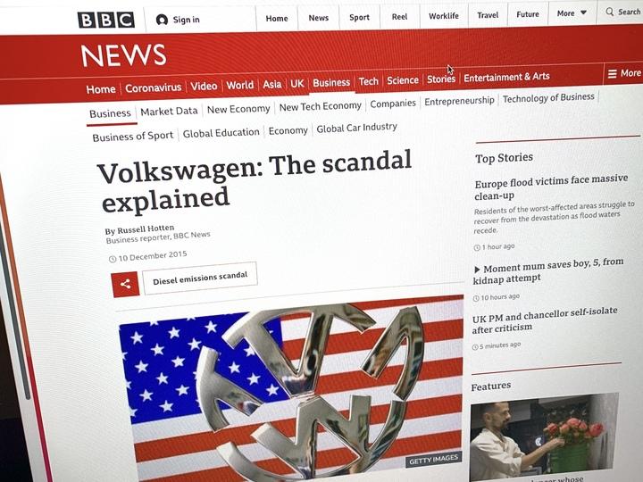 フォルクスワーゲンのディーゼル排ガス検査不正を伝えるBBC