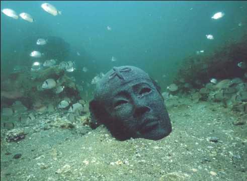 古代都市カノープスやトニス・ヘラクレイオンがあるアブ・キール湾で発見されたダイオライトの頭部。