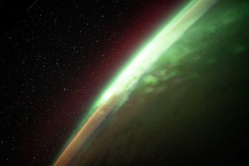 アジアと南極の間に位置するインド洋南部上空のオーロラ。2021年8月2日撮影。