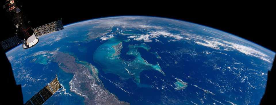 キューバ、バハマ、アメリカ・フロリダ州南部の合成写真。2021年5月2日撮影。