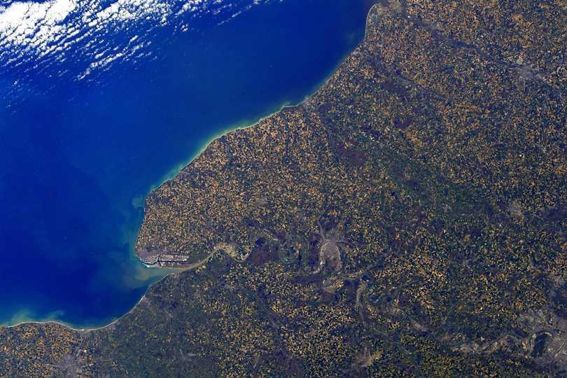 トマ・ペスケ宇宙飛行士が、ISS到着直後に撮影したノルマンディー地方。2021年4月28日撮影。