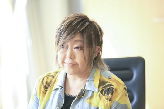 自伝『再生』(仮)を上梓した緒方恵美さん。