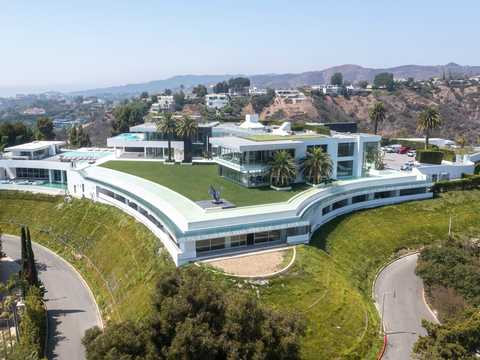 See inside this 105,000-square-foot Los Angeles