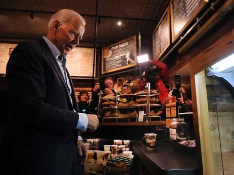 Former Vice President and Democratic presidential candidate Joe Biden visits a coffee shop on May 14, 2019 in Concord, New Hampshire.