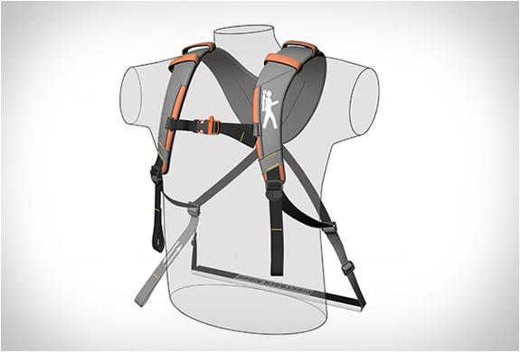 140310_piggybackrider_003.jpg