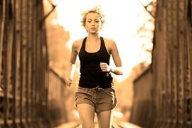 ビジネス脳を鍛えるには、早歩きよりちょっと速めに8キロ走ろう