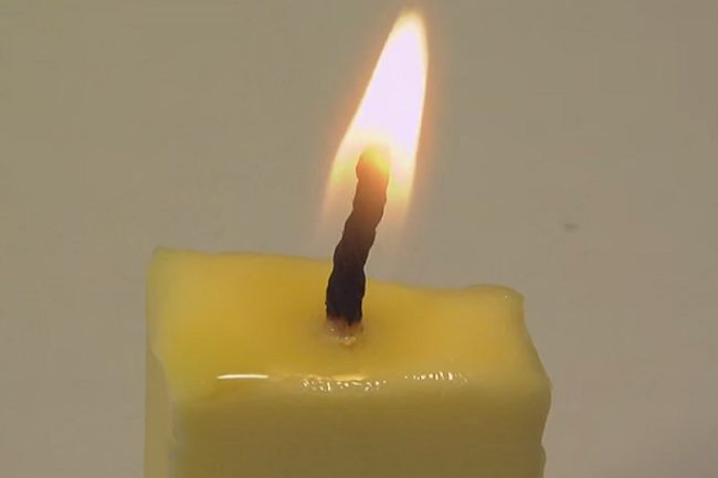 140509_emergency_candles_15.jpg