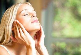 40代の強い味方「美容オイル」の賢い選び方