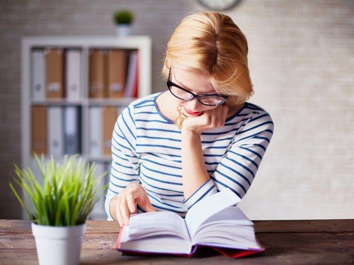 成功者への近道「1日1時間」の読書を習慣にする方法   MASHING UP
