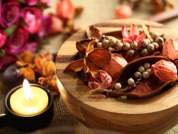 スパイスのナチュラルな香りを楽しむ、秋のポプリレシピ