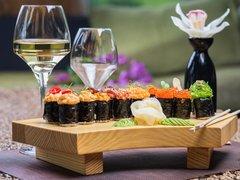 お寿司や柚子胡椒と相性よしの1本。年の瀬に飲みたいワイン