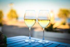 ココナッツオイルとワインのマリアージュを楽しむ方法