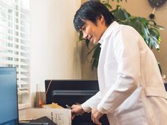#1 細身の白衣が似合う開業医【いい男に会いに行く】