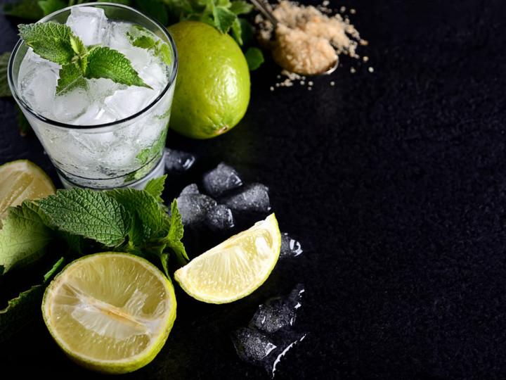 熱帯夜はこれで乗り切る。大人の喉を潤す爽やかモヒートレシピ