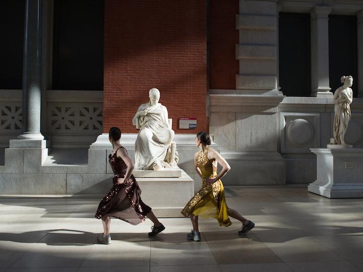 「メトロポリタン美術館でワークアウト」がインスピレーション。毎日踊ってます