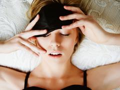 夜型生活は太りやすい。ダイエットの特効薬は睡眠にあり