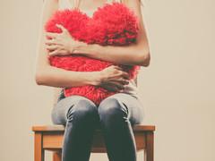 既婚よりシングルの方が幸せという研究結果