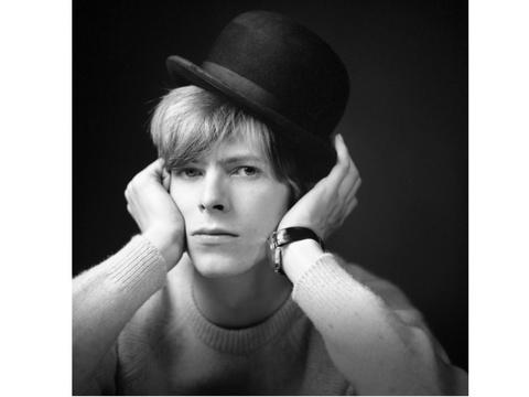 20歳のデヴィッド・ボウイが詰まった未公開写真集
