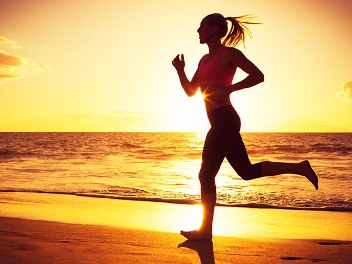 走ることでピンクリボン活動を応援。ニューバランスのチャレンジ
