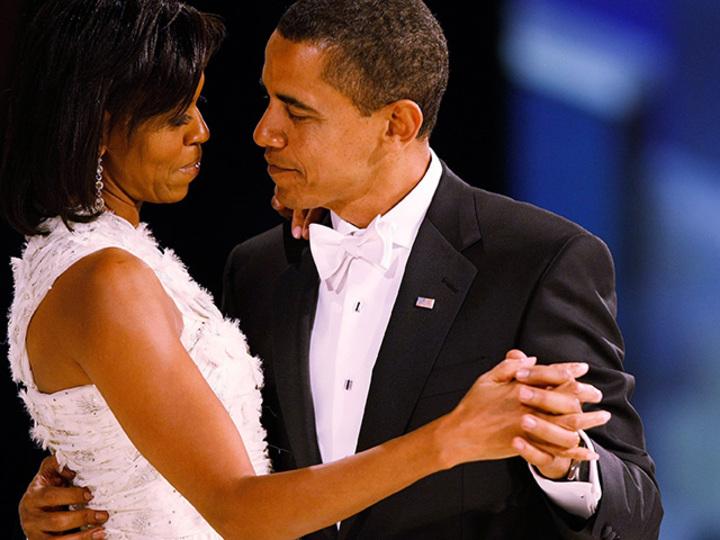 銀婚式の年を迎えるオバマ夫妻。ミシェル夫人思わずうるり