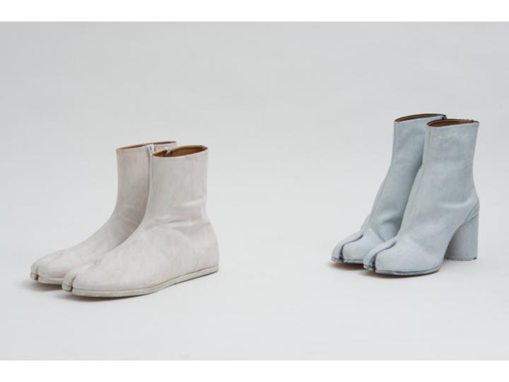 レザーにホワイトペイント。大胆さが生む美しい色味の「タビ」ブーツ