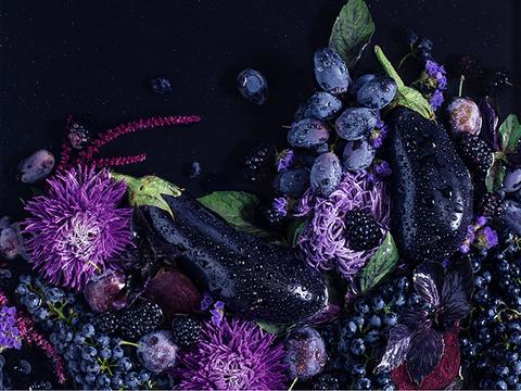 2018年の色「ウルトラバイオレット」は、スーパーフードで取り入れる