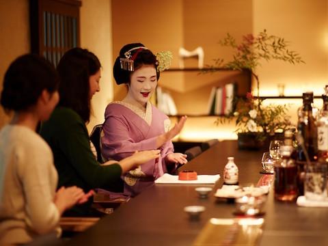 ちょっとしたお座敷体験。芸舞妓さんと星のや京都で過ごす夕べ