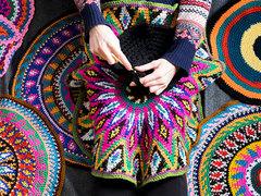 「今ここ」に意識を集中。編み物セラピーの魅力とは? [The New York Times]